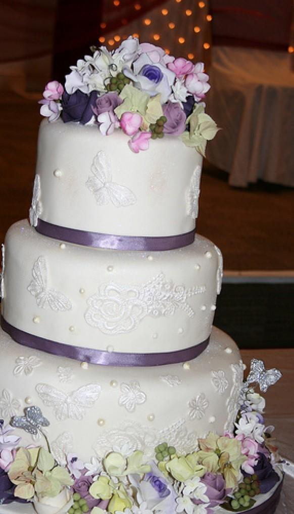 Purple Wedding - Three Tier Cream And Purple Wedding Cake #1987974 ...
