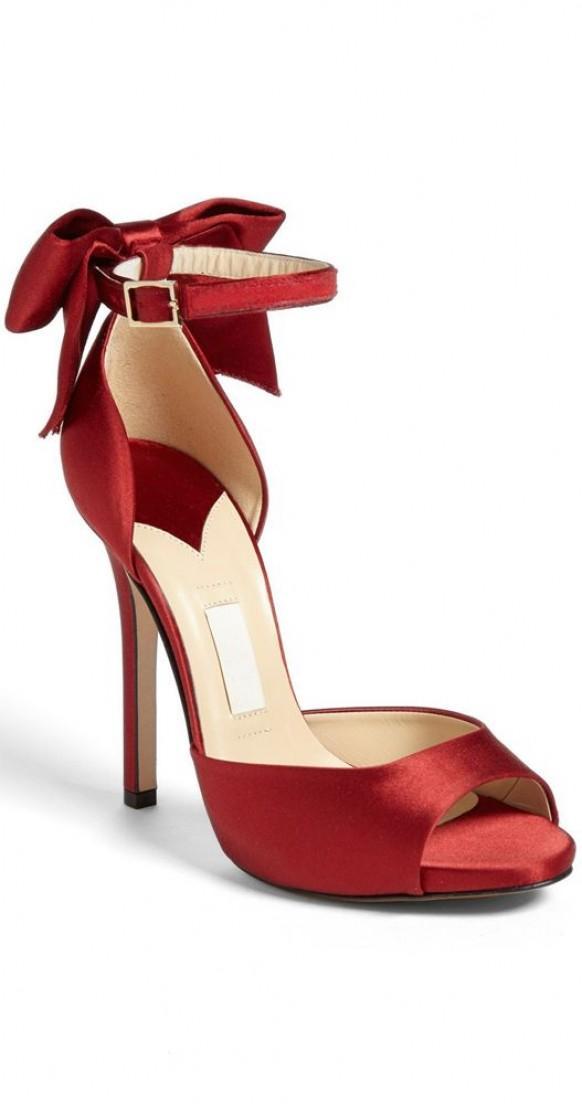 Shoe designer shoes 1989434 weddbook for Designer shoppen