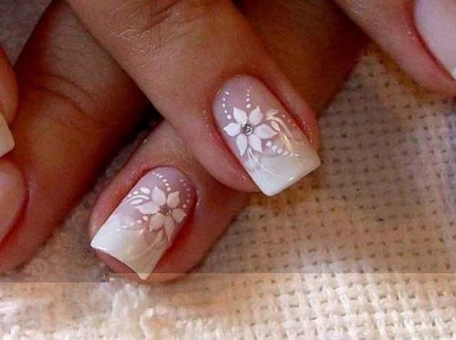 Свадебный маникюр на короткие ногти для невесты