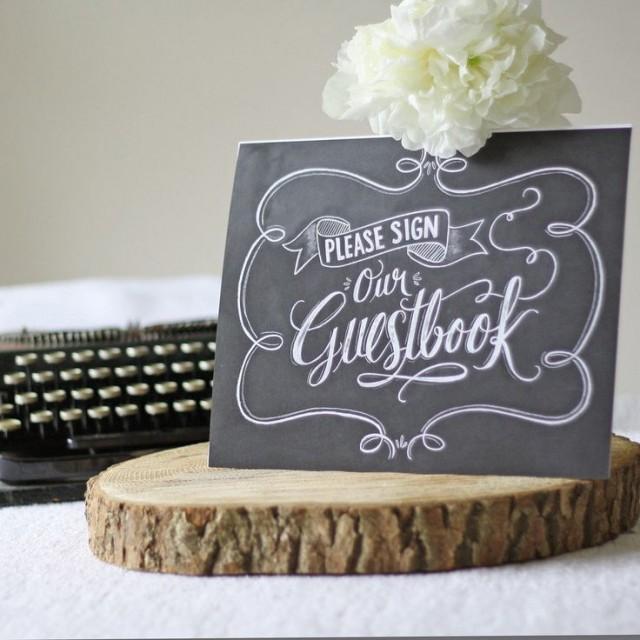 wedding photo - Please Sign Our Wedding Guestbook - Chalkboard / Blackbaord Style Print