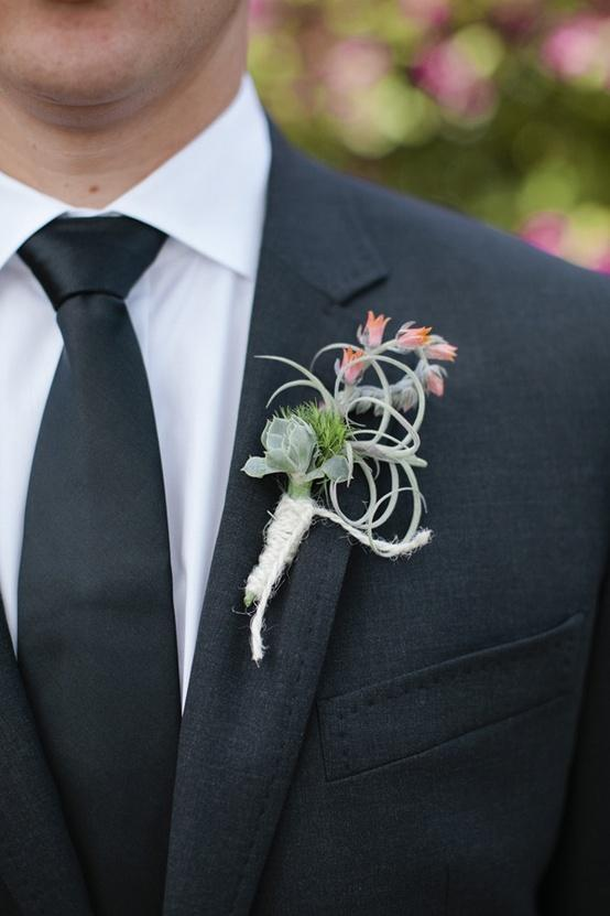 Wedding - Boutonnieres For The Boys