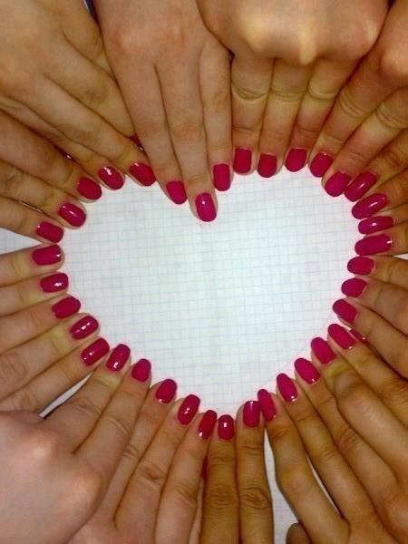 Фото девушки с ногтями на аву в 2