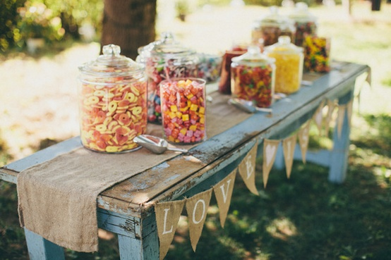 Ideas wedding details 1230703 weddbook - Como decorar un bar ...