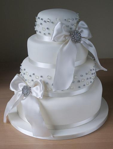 Edible Diamante Wedding Cake Decorations