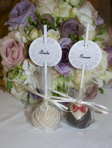 Hochzeit - Braut-und Bräutigam-Kuchen-Pop-