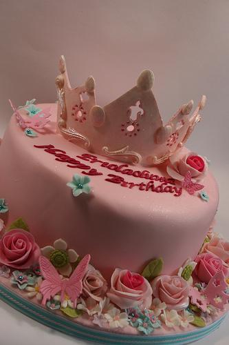 Princess Crown Cake Images : Du?un Pastalari - Prenses Tac Pasta #1988038 - Weddbook