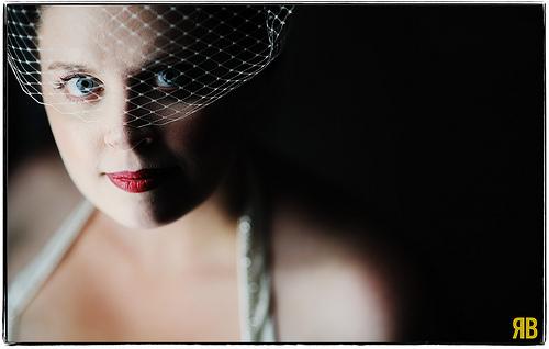 زفاف - للخروج من الظلام