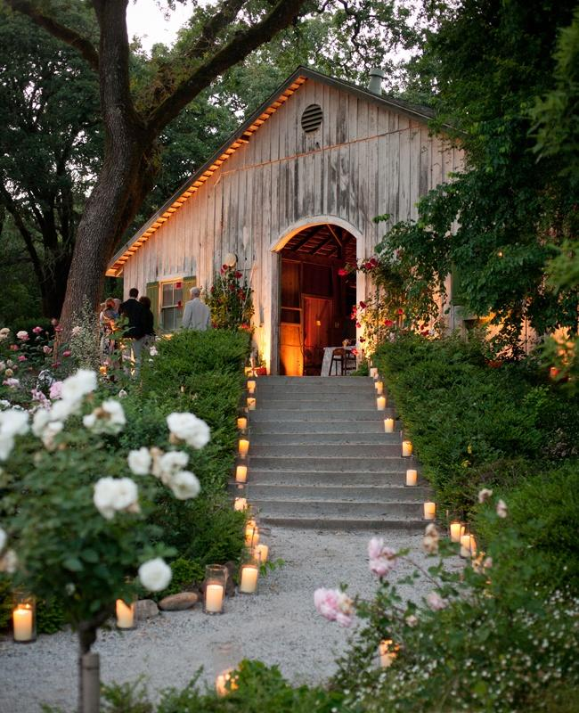 Wedding - Try the unique concept of barn wedding