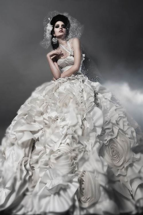 Свадьба - Floral Couture Wedding Gown