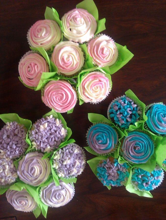 hochzeits cupcakes cupcakes 2038879 weddbook. Black Bedroom Furniture Sets. Home Design Ideas