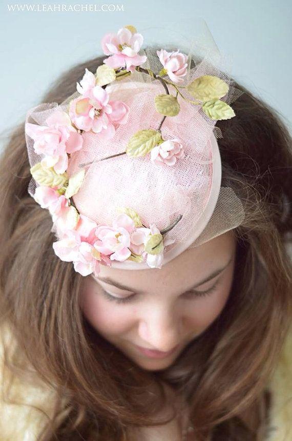 Soft Pink Zarte Blumen Tulle Fascinator Von Ruby Cordelia Mode
