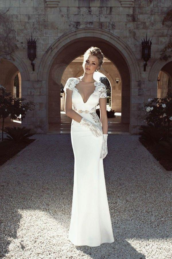 Sophisticated White Wedding Dress With Netted Design 2049872