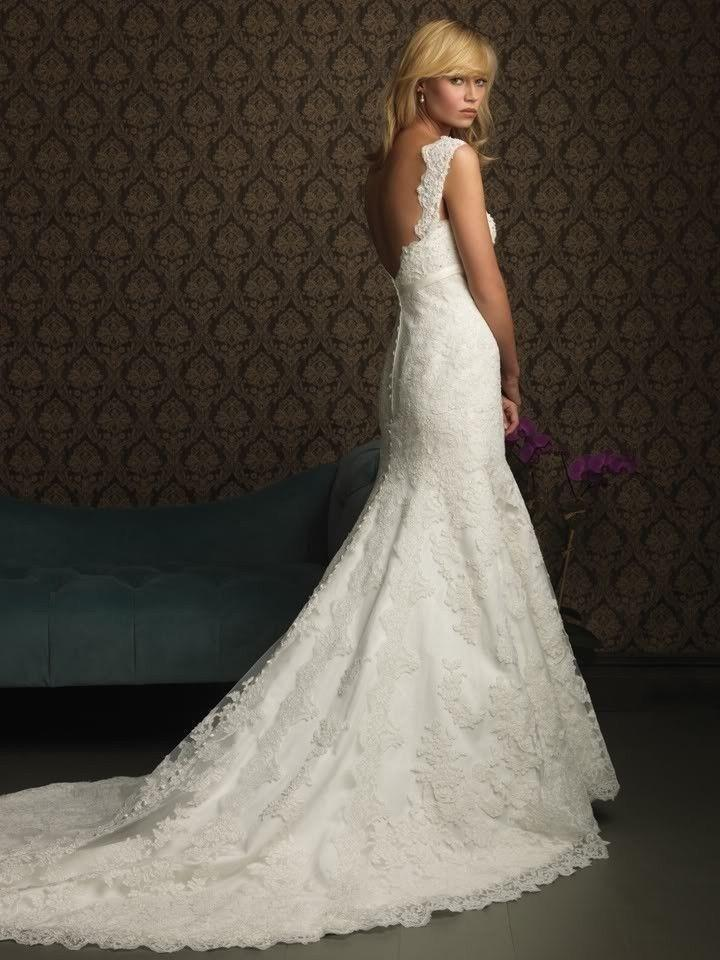 Elegant Mermaid Lace Wedding Dress With An Attractive Back. #2050858 ...