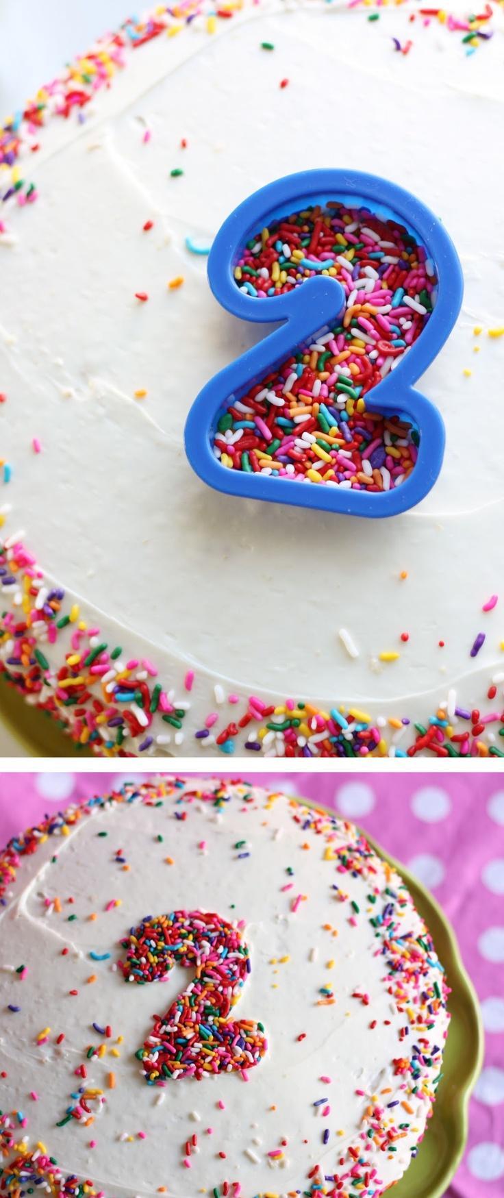Hochzeit - Cookie Cutter Sprinkles Decor ... clever!