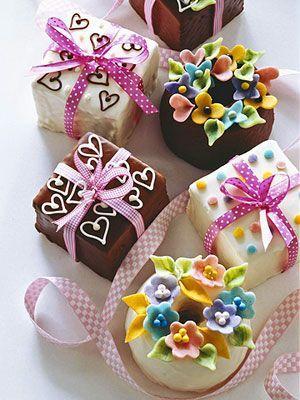 زفاف - عيد الحب الكعك