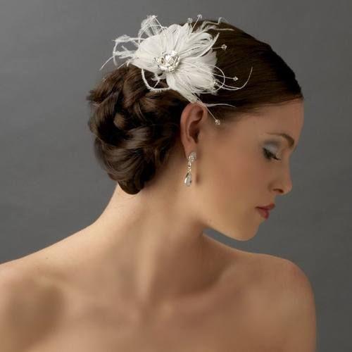 White Feather Abd Strass Brautschmuck Hochzeit Ku00e4mme #2066096 - Weddbook