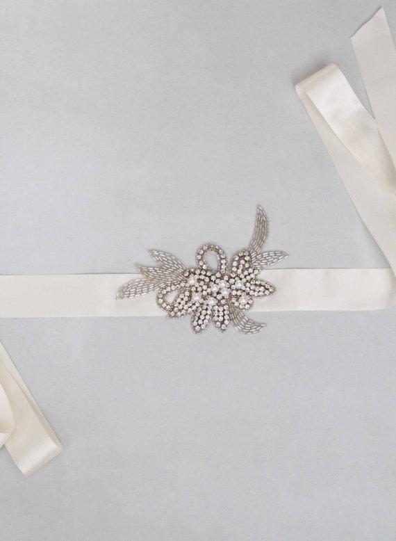 Mariage - Stunning Vintage Romantic   Bridal Crystal Sash Wedding - New