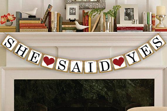 Mariage - She Said Yes Banner - Rustic Wedding Banner Photo Prop - Wedding Sign - Wedding Decoration Garland - New