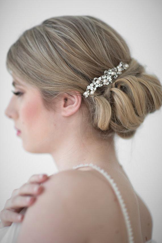 Свадьба - Wedding Hair Comb,  Bridal Head Piece, Crystal and Pearl Haircomb, Wedding Hair Accessory - New