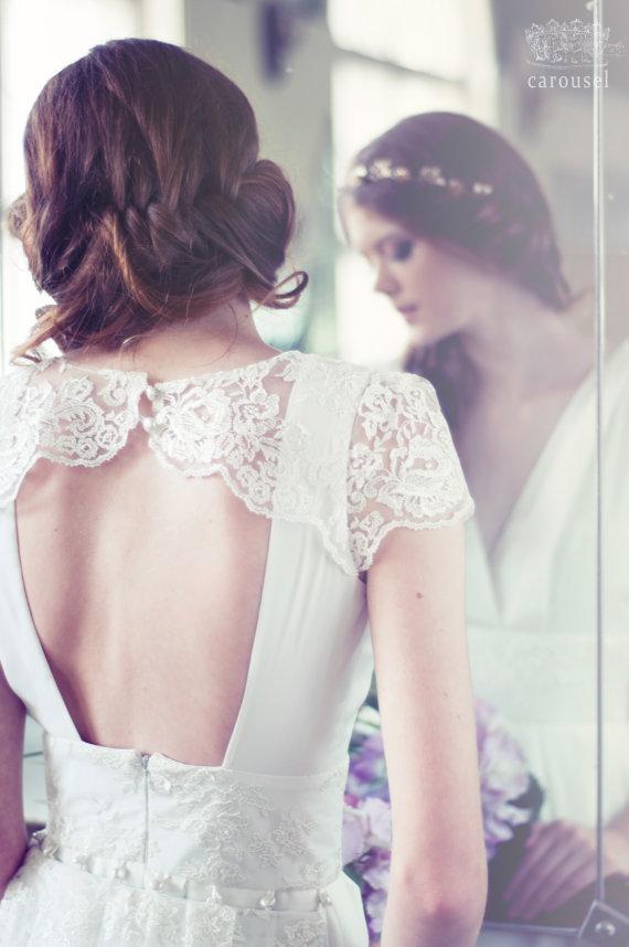 زفاف - Lace and silk wedding dress with a train // Kamille // 2 pieces - New