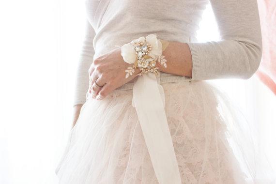 زفاف - Bridal Crystal Blush Cuff, Bridal Corsage Bracelet, Style Rosalie Cuff - New