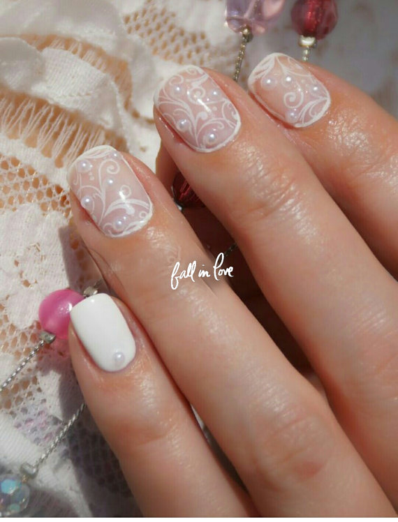 3 Sheets Of Lace Nail Art And A Wheel Half Round White Pearl Different Sizes 100 Pcs
