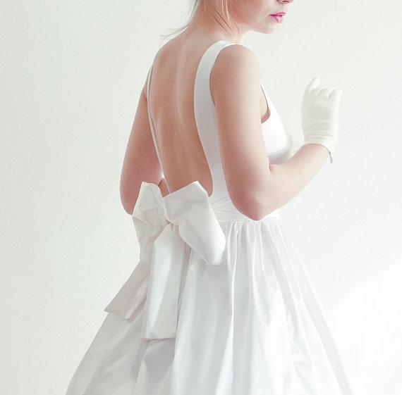 زفاف - Open-back Short Wedding Dress in Bridal Satin - New