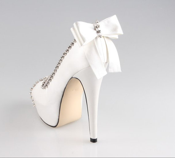Свадьба - Ivory bow crystal wedding shoes , lower heels are available peep toe open toe party shoes prom shoes - New