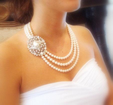 Mariage - Bridal necklace, Pearl statement necklace,  wedding jewelry, Swarovski crystal pendant, Swarovski ivory pearls, - New