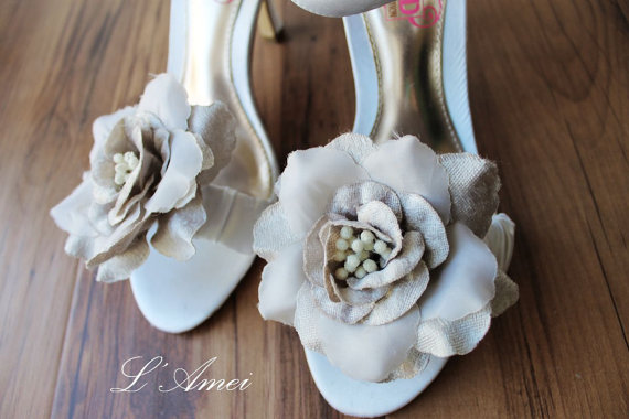 Mariage - Hand made bridal shoe clip,  Gray Fabric flowers- set of 2,Can be used as a flower sash  belt - New