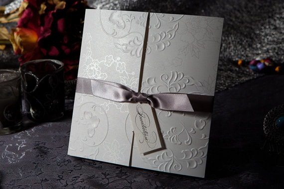 زفاف - Elegant Embossed Tri-fold Wedding/Birthday/Shower Invitation With Silver Bows, Shipping Worldwide 3-5 Days-- Set of 50 - New