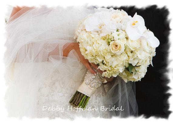 Mariage - Beaded Rhinestone Crystal Bridal Bouquet Wrap, Jeweled Bouquet Cuff, Crystal Bouquet Wrap, Rhinestone Cuff, No. 1101BW, Wedding Accessories - New