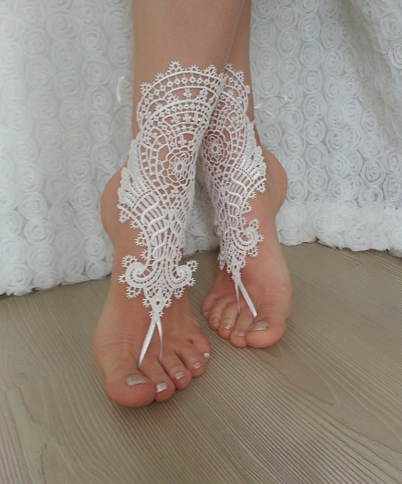 Wedding - Ivory Beach bridal barefoot sandals