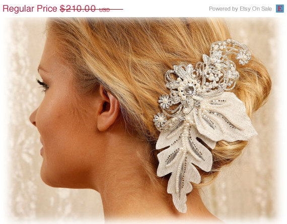 Hochzeit - Bridal hair flower, Bridal headpiece, pearl crystal hair pin, Bridal Hair pin, Wedding accessory, wedding hair pin - New