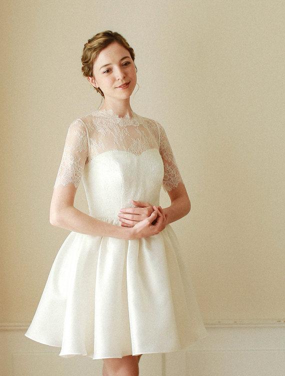 Short Scalloped Ivory Wedding Dress