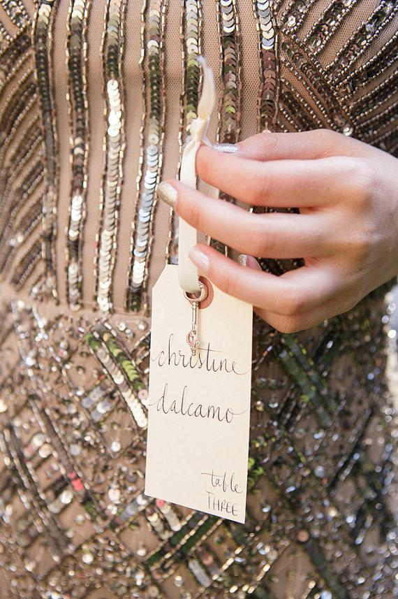 Mariage - Wedding Name Place, Table, or Escort Cards, Shabby Chic Wedding, Manilla Vintage Tags with Lowercase Font - New