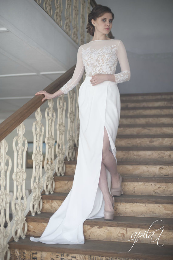 Mariage - Long Wedding Dress, White and Nude Wedding Dress, Crepe and Lace Dress L10(with long and short skirt) - New