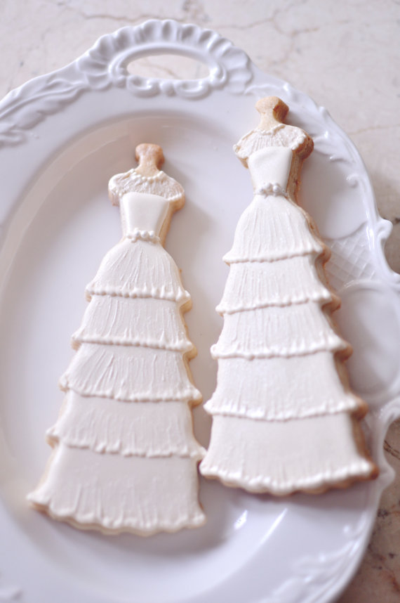 10 vintage style bridal gown cookies 1950s elegant layered lace wedding dress cookies bridal shower cookies new