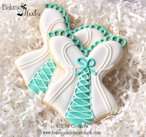 Mariage - Bridal Shower Cookies, Decorated Cookies, Bustier Cookies, Bridal Shower Corset Cookies, Lingerie Cookies, Risqué Cookies - New
