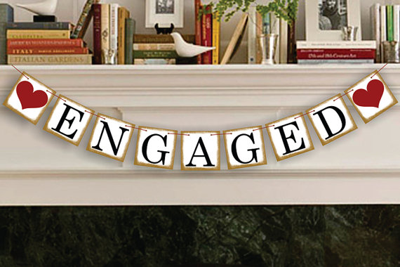 Mariage - Engaged Sign - Rustic Wedding Banner Photo Prop - Wedding Sign - Wedding Decoration - New