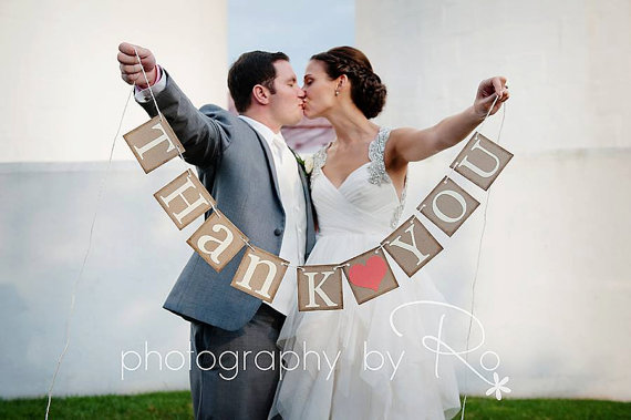 Mariage - THANK YOU SIGN -Thank You Banner - Wedding Banner Photo Prop - Wedding Signs - Wedding Decorations - Rustic Wedding - Coral - New