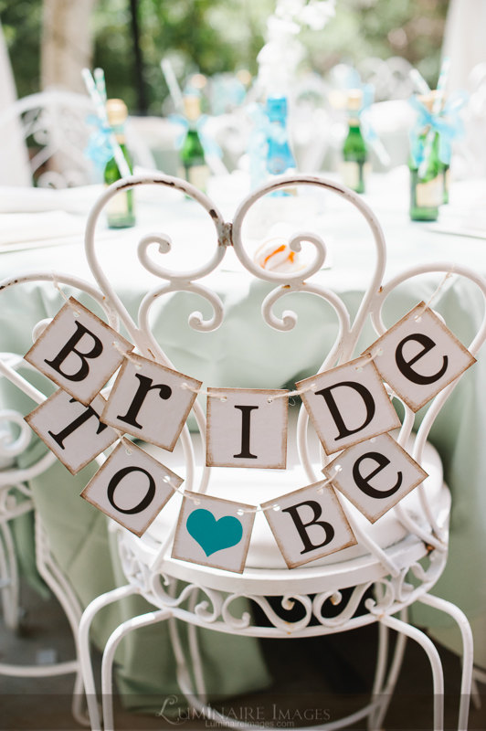 Mariage - Bride To Be Mini Banner - Bride To Be Chair Sign - Bridal Shower Decorations - Bridal Shower Banners - CUSTOMIZE YOUR COLORS - New