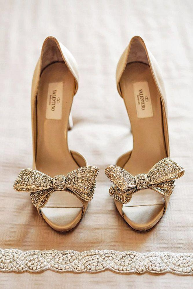 Hochzeit - 18 Most Wanted Wedding Shoes For Bride