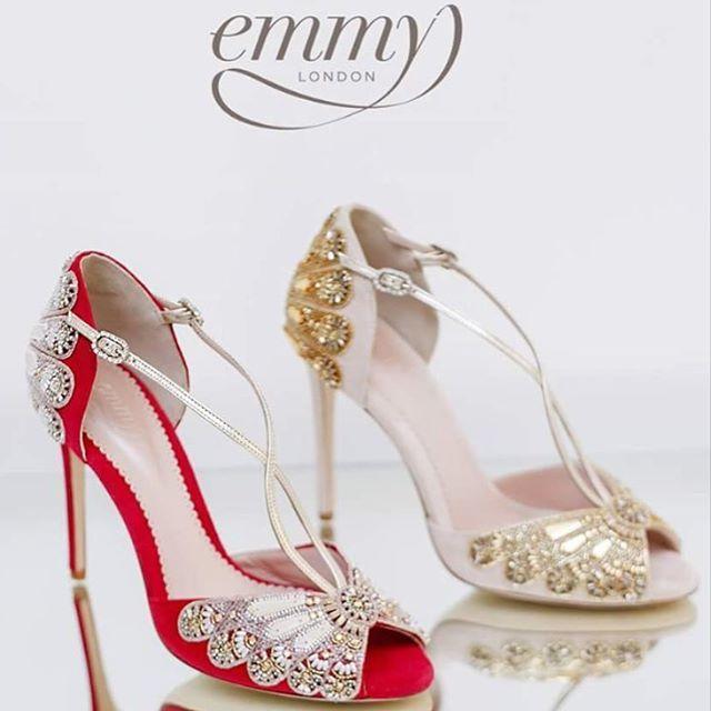 Свадьба - Embracing Heel