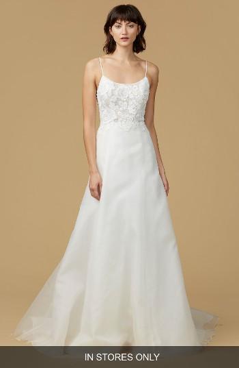 Mariage - nouvelle AMSALE Viv Lace Appliqué Silk Organza A-Line Gown (In Stores Only)