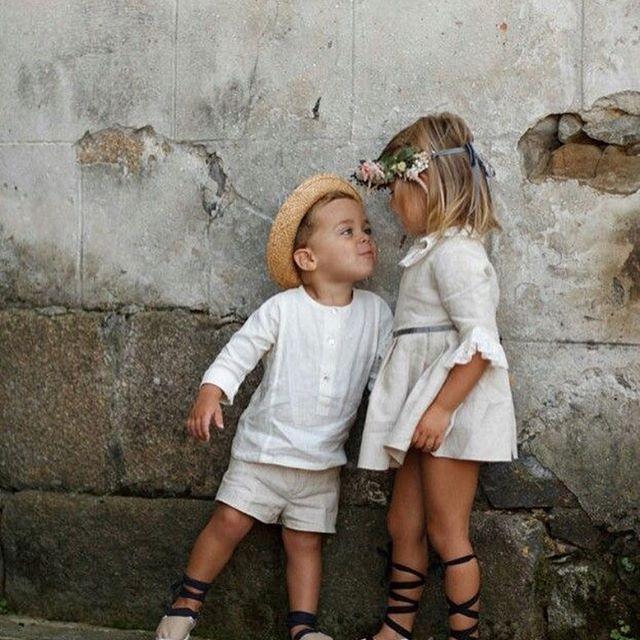Может быть следствием интереса к себе и тому, как все устроено, испытав приятные ощущения, ребенок может стремиться к их повторению.