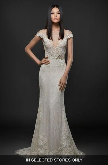 Mariage - Lazaro Embroidered Lace Cap Sleeve Gown