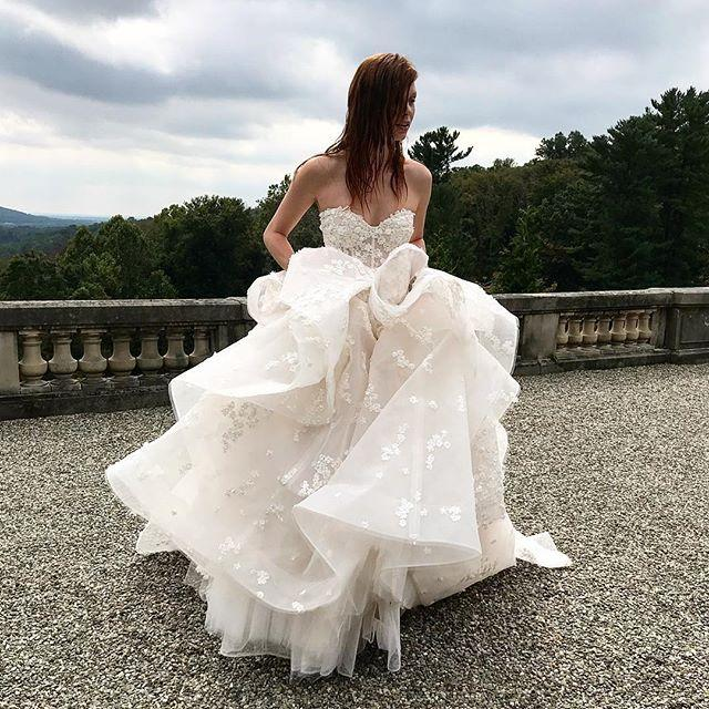 Wedding - Monique Lhuillier Bride