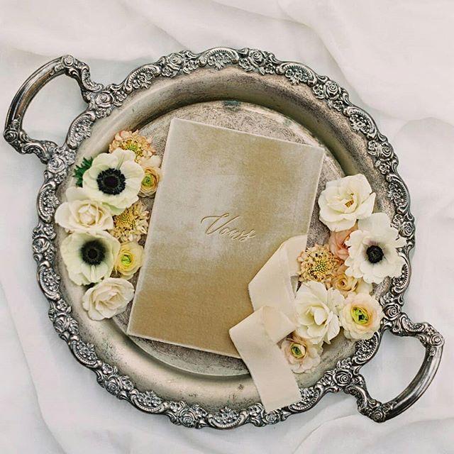 Свадьба - Ruffled Wedding Blog