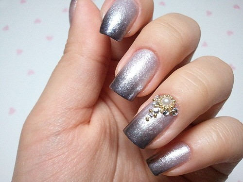 Beautiful Decorated Wedding Bride Nails With Rhinestones And Pearls ...